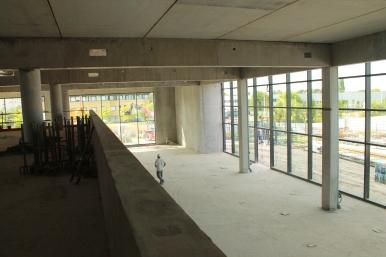 Grande salle vue depuis la mezzanine (juin 2015).